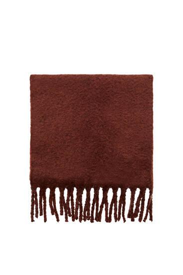 Базовый шарф с бахромой