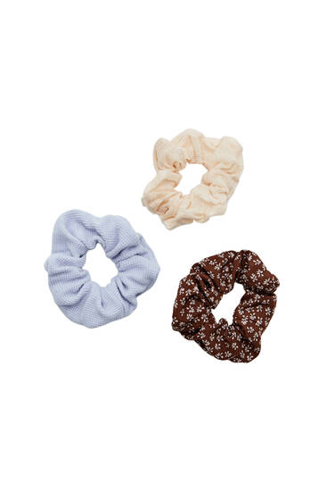 Pack of floral and textured scrunchies