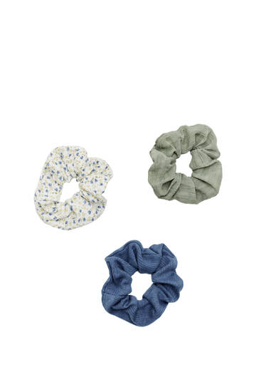 3-pack of textured and floral scrunchies