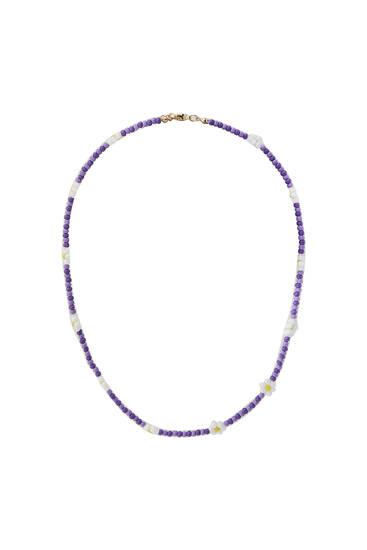 Beaded daisy necklace