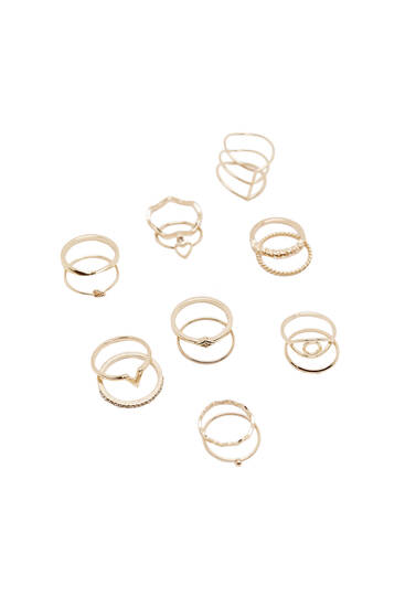 Pack of gold-toned rings