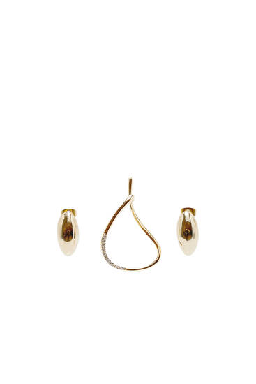 2-pack of gold-plated earrings and ear cuff