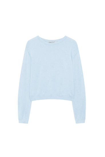 Basic knit sweater with wide sleeves