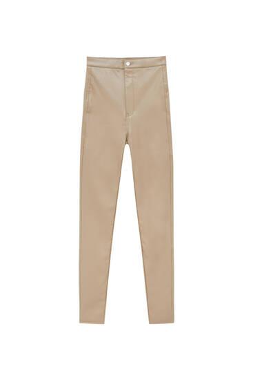 Pantalón efecto piel skinny