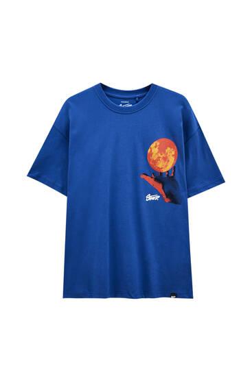 Blue T-shirt with heat ball illustration