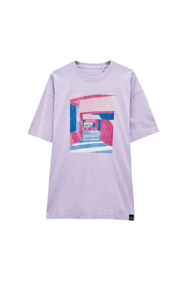 Бузкова футболка з принтом - органічна бавовна (не менше 50%)