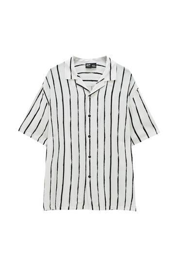 White shirt with irregular-stripe print - ECOVERO™ viscose (at least 50%)