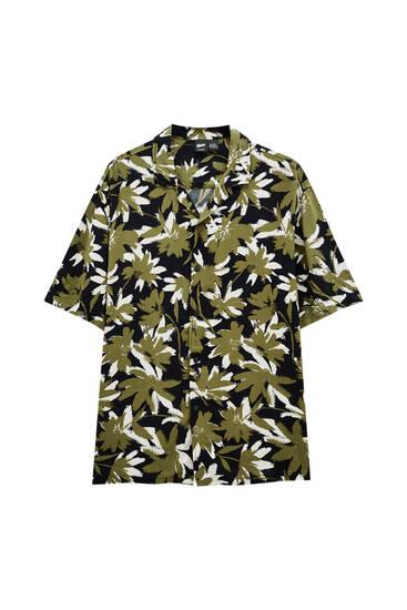 Сорочка з квітковим принтом кольору хакі