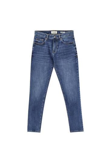 Jeans básicos skinny fit - Contiene algodón reciclado