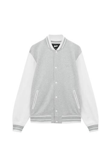 Куртка в стиле преппи с контрастными рукавами