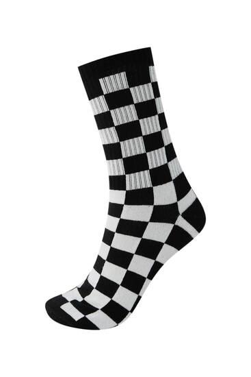 Αθλητικές κάλτσες με καρό τύπωμα