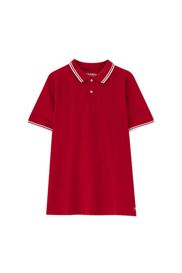Short sleeve polo shirt with contrast detail.