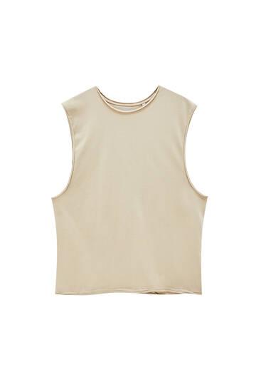 Basic sleeveless top