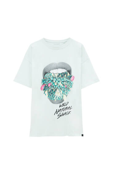 T-shirt with mouth illustration and slogan