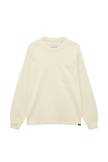 Basic long sleeve top with pocket