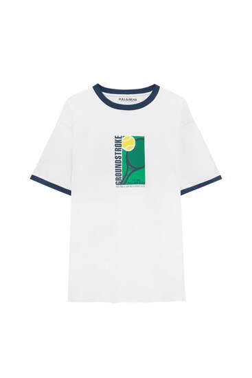 Weißes Rippshirt mit Abbildung