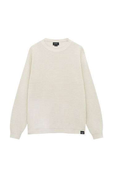Basic waffle texture fabric sweater