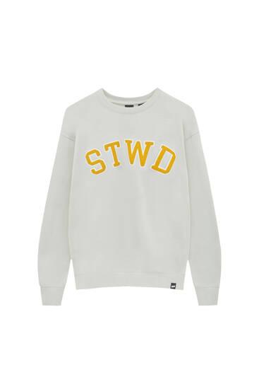 Sweatshirt with terry fabric logo