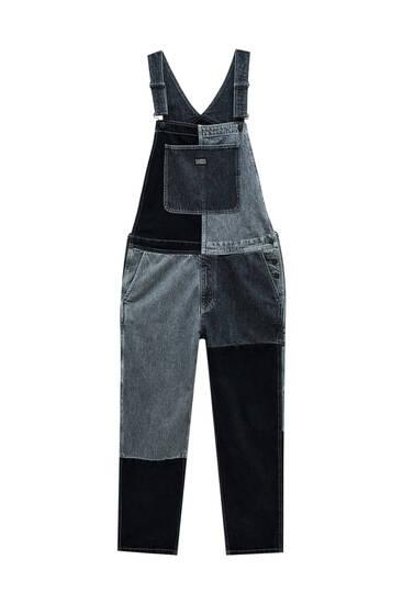 Довгий джинсовий комбінезон із кольоровими блоками