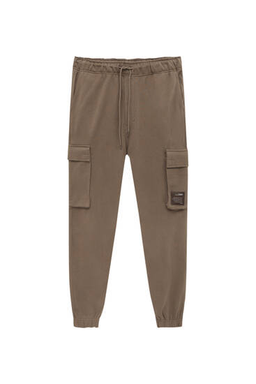 Garment-dyed cargo joggers