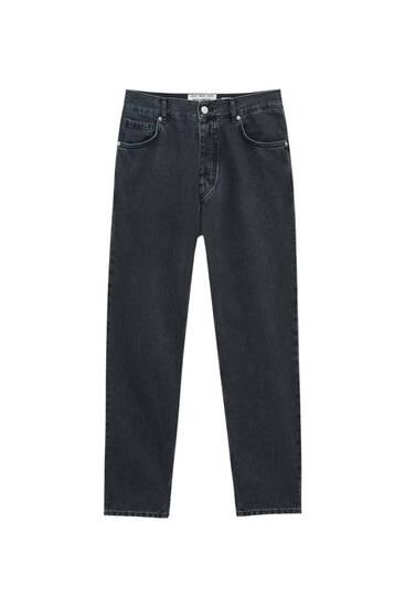 Jeans standard fit básicas