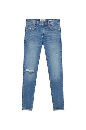 Jeans skinny fit detalles rotos