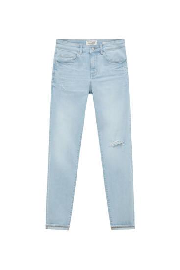 Jeans im Skinny-Fit mit Rissen
