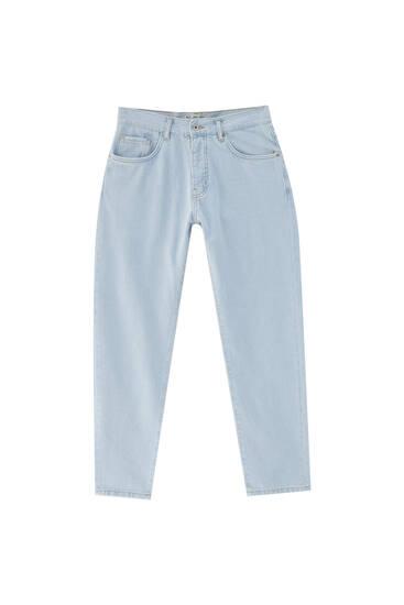 Прямі джинси вузького крою в стилі 90-х