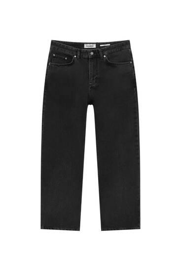 Basic-Dad-Fit-Jeans
