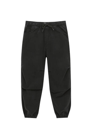 Jogger jeans with elastic waistband