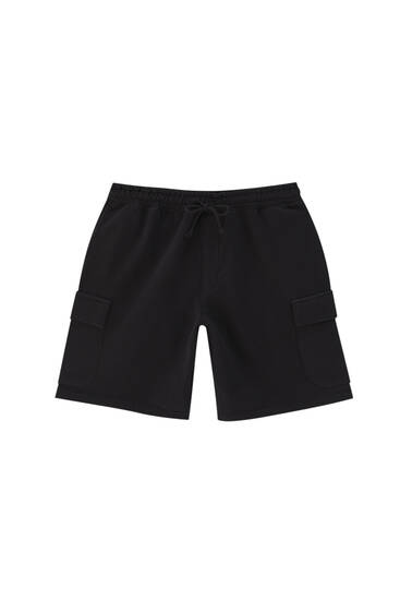 Garment-dyed cargo Bermuda shorts - Ecologically grown cotton (at least 50%)