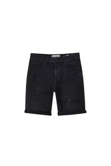 Black slim-fit denim Bermuda shorts - Contains recycled cotton
