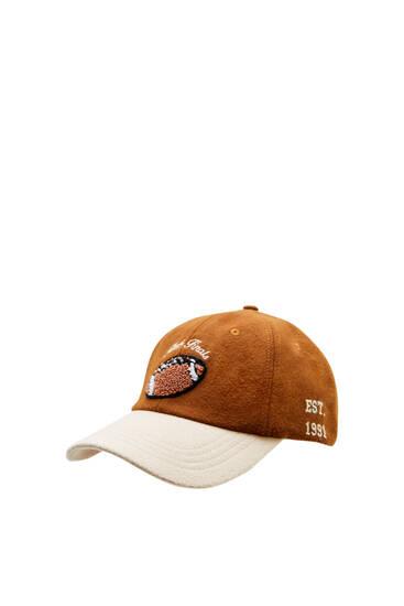 Καφέ κολεγιακό καπέλο τζόκεϊ