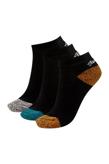 Σετ με χαμηλές κάλτσες μελανζέ