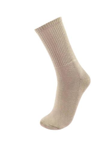 Αθλητικές κάλτσες στο χρώμα της άμμου