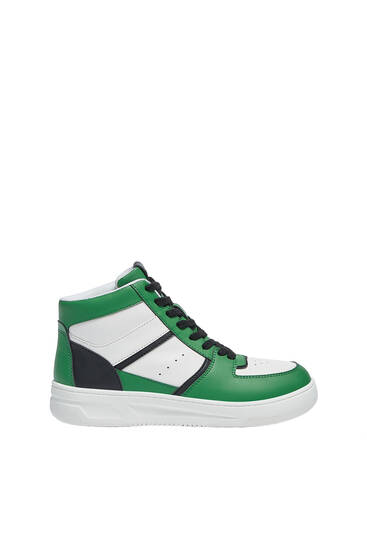 High-top trainers with pieces