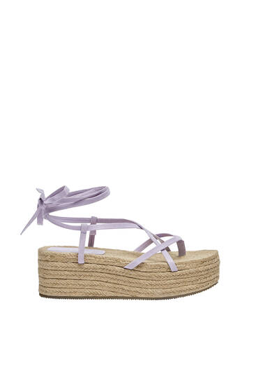 Jute wedges with strap detail