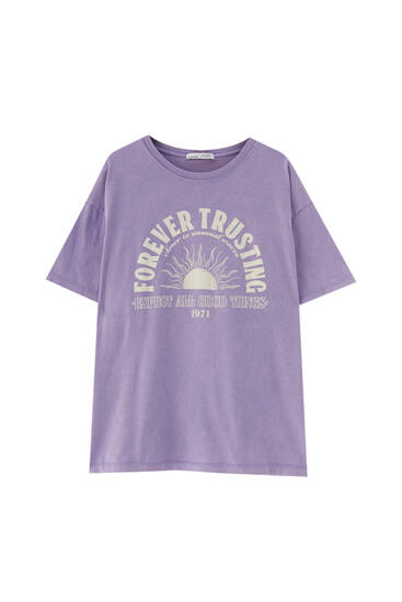 Lilac T-shirt with sun graphic
