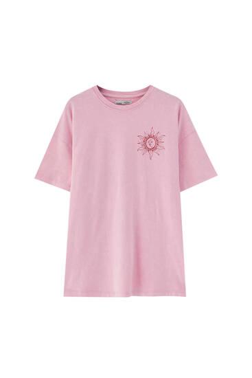 T-shirt med spiraltext