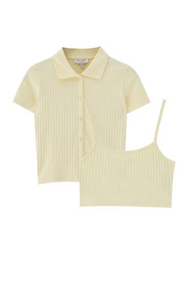 Pakke med top i rib og poloskjorte med knapper