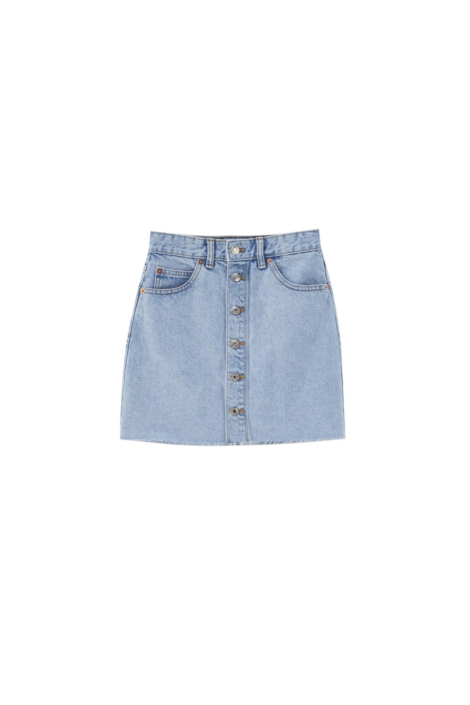 Синий Джинсовая мини-юбка с пуговицами - не менее 50% органического хлопка Pull & Bear