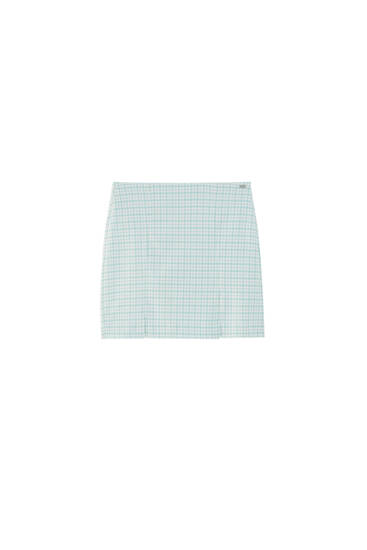 Checked mini skirt with slit detail