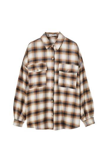 Hnědá kostkovaná flanelová košile