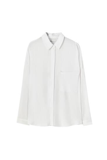 Camisa básica bolsillo delantero