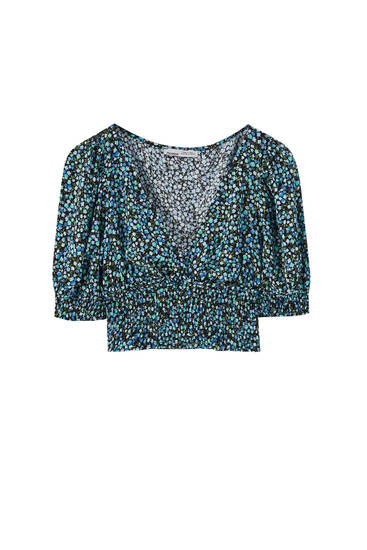 Printed cropped blouse with shirring