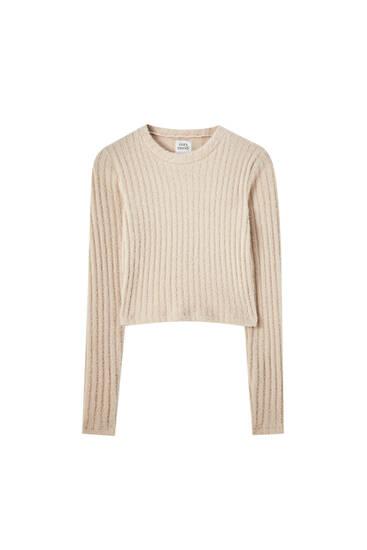 Укороченный свитер в широкий рубчик