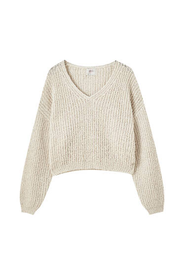 V-neck cropped sweater