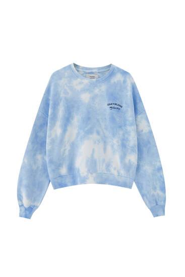 Sudadera tie-dye azul bordado