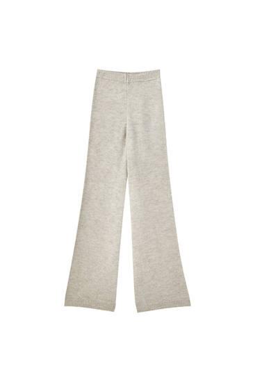 Πλεκτό παντελόνι με φαρδύ μπατζάκι