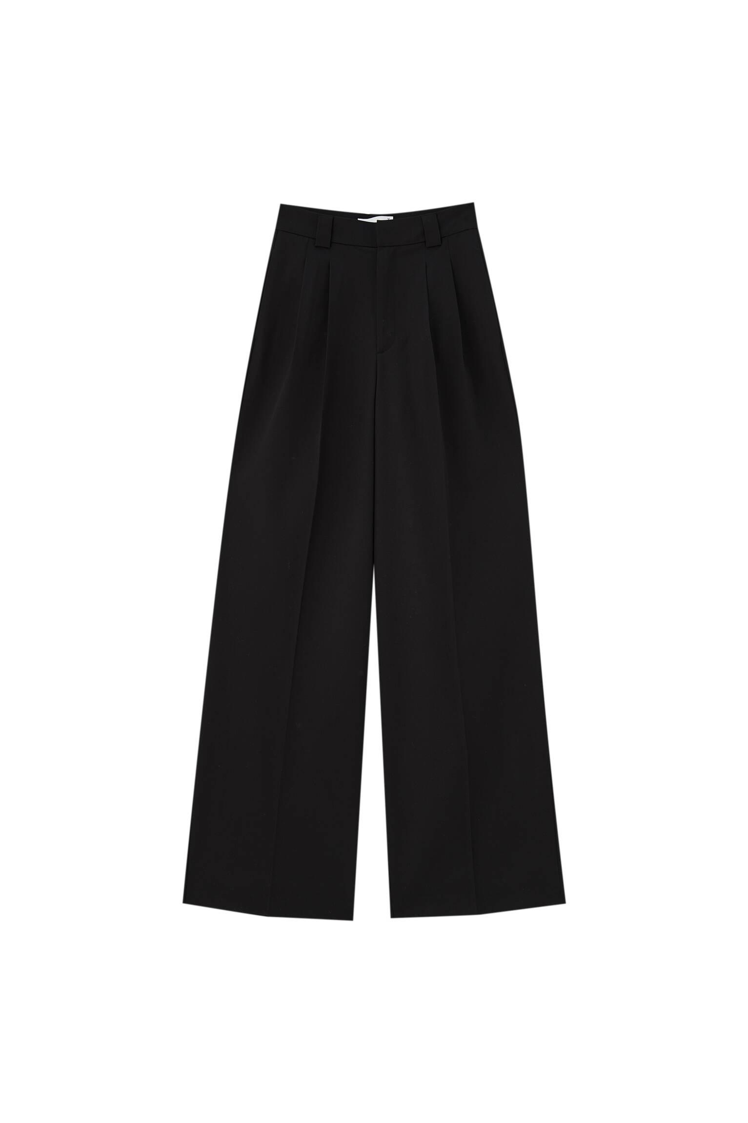 ЧЕРНЫЙ Базовые брюки с защипами и складками Pull & Bear